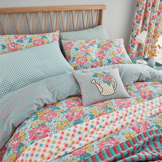 Helena Springfield – Mary Jane Duck Egg Bedding