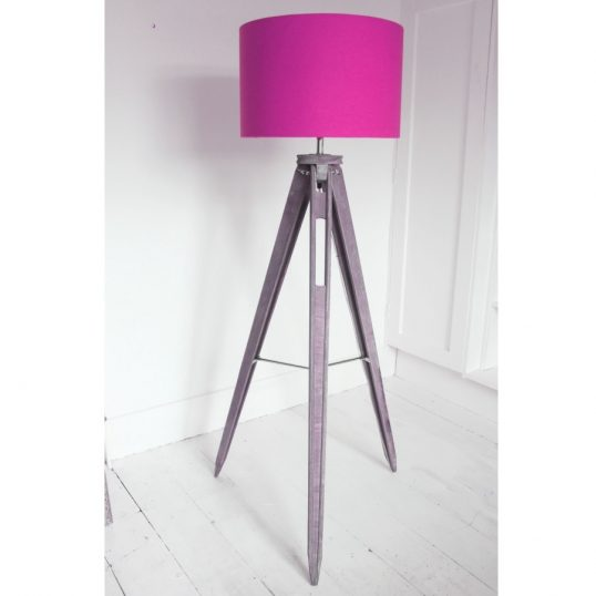 THE FUNKY WOOLSHED TRIPOD LAMP HERRINGBONE PINK